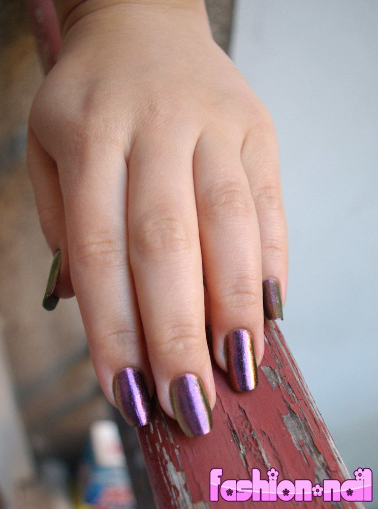 http://a31.idata.over-blog.com/3/65/11/92/nail-art-2/space-cadet-orly-23.jpg
